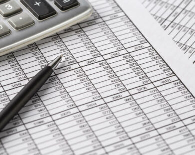 Natureza jurídica e regime jurídico aplicável aos recursos orçamentários e financeiros transferidos às organizações sociais